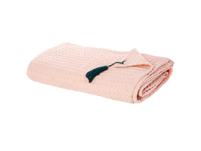Růžový přehoz z bavlny s vaflovým (reliéfovým) povrchem, s ozdobným střapcem – krásná dekorace pohovky