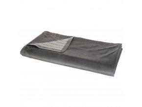 Přehoz na postel, barva tmavě šedá, z jedné strany hladký bez vzoru, zopačné strany vzorovaný , materiál bavlna, polyester, 140x260 cm
