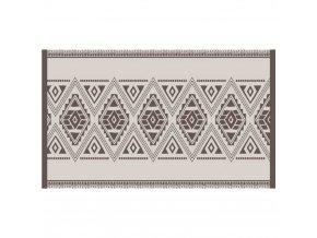 Vinylový kobereček sorientálním vzorem se hodí do interiéru v etnickém stylu