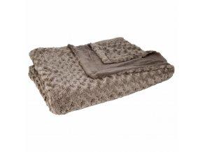 Tmavě šedý měkoučký přehoz na postel, který vzimě příjemně zahřeje