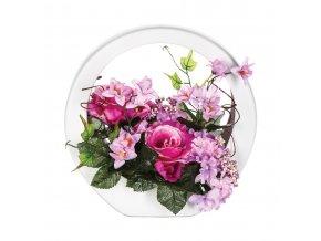 Růžová květinová kompozice voriginální dřevěné váze