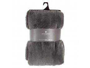 Heboučký elegantní přehoz na postel ve tmavě šedé barvě svylisovanými proužky