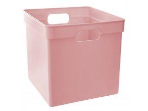 Košík z odolného plastu v růžové barvě bude fungovat v dětském pokoji a dalších pokojích
