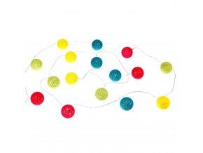LED girlanda skladajíci se ze šestnácti malých barevných  kuliček z bavlněné nitě