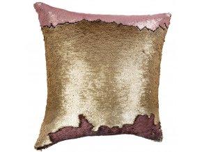 Polštář zdobený flitry, růžová dekorace, která přidává originalitu každému interiéru