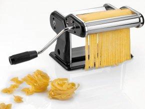 Strojek na přípravu domácích těstovin, spolehlivé kuchyňské příslušenství s kličkou