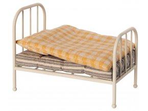 Vintage bed junior