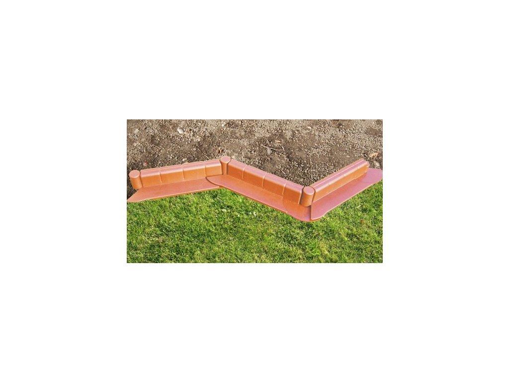 zahradní plastový obrubník - barva terakota