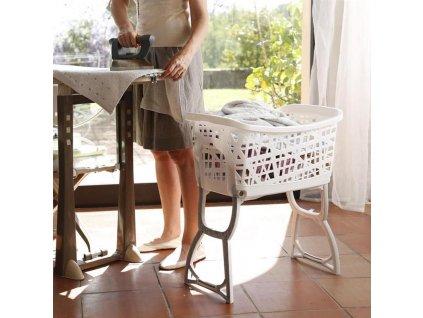 Koš na čisté prádlo s nožičkami STAND UP