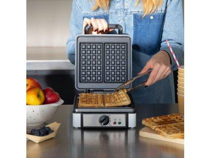 Vaflovač s termostatem Livoo DOP206