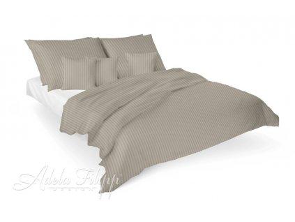 Luxusné damaškové obliečky v béžovej farbe na posteli