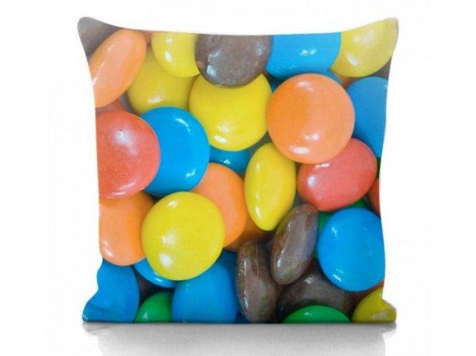 farebný dekoračný vankúš lentilky