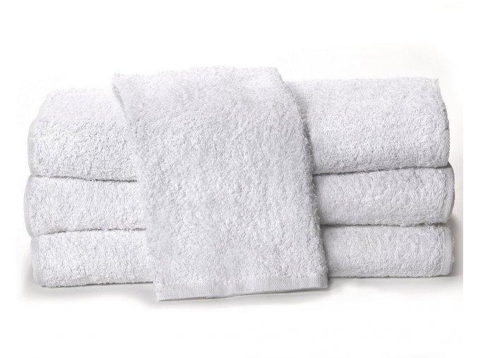 biele uteráky a osušky