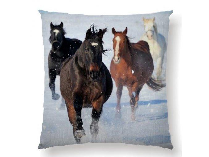 HORSES SNOW - dekoračný vankúš