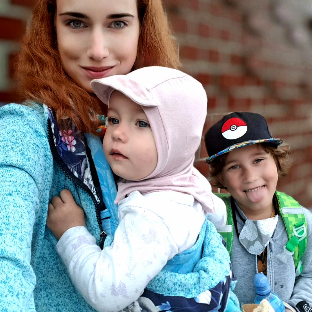 Jak sebe a miminko obléknout do šátku nebo nosítka