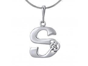 Keltský stříbrný přívěsek písmeno S