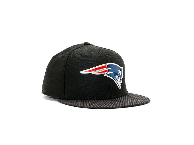 Kšiltovka New Era Black Coll New England Patriots 59FIFTY Black