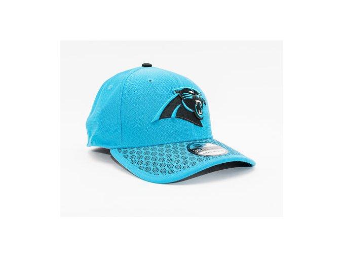 Kšiltovka New Era 39THIRTY Carolina Panthers On Filed