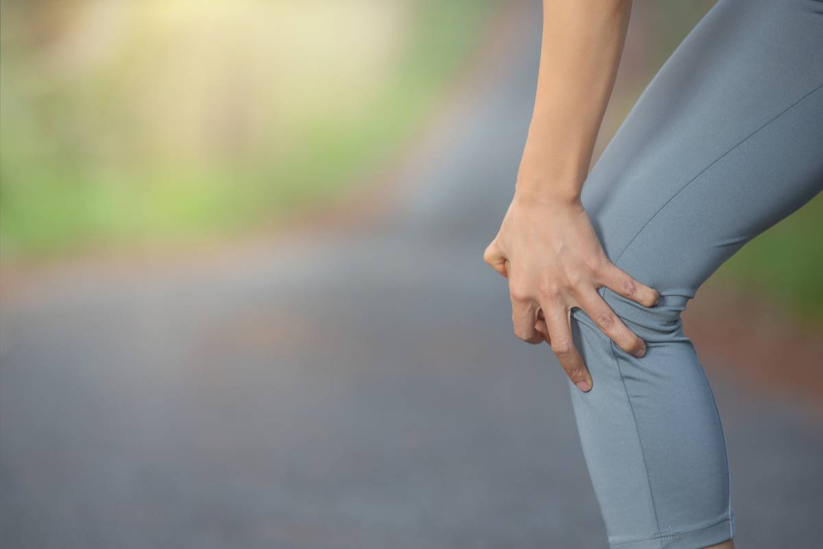 Čo na boľavé kĺby: pomôže zmena stravy aj prírodné masti a bylinné kvapky