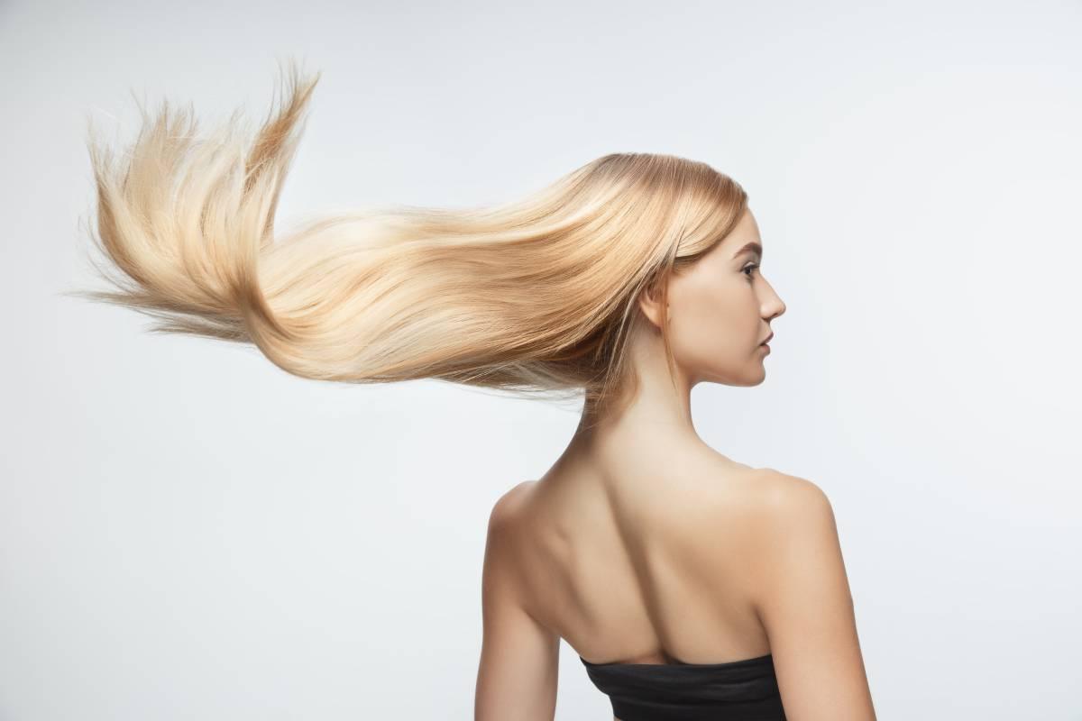 Normálny stav vlasov a nechtov - starostlivosť o vlasy