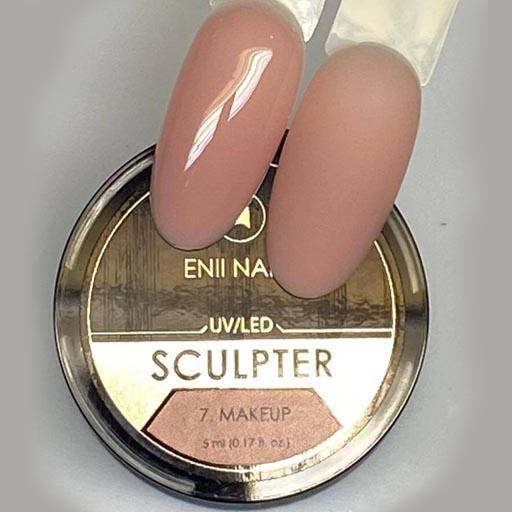 sculpter-makeup