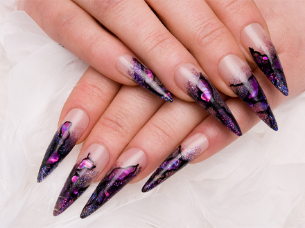 20-2-T36-C-Stiletto_nails_co_to_je_a_pro_koho_se_hodi_1_440x330