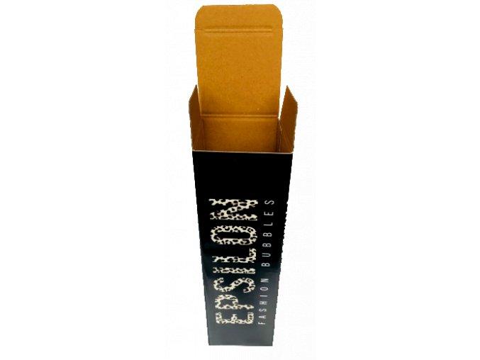 Kartonová krabice na Epsilon