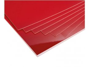Červené kartony