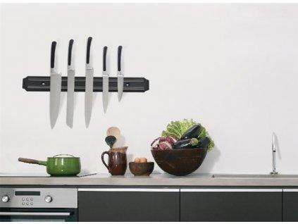 Magnetická lišta na nože 1