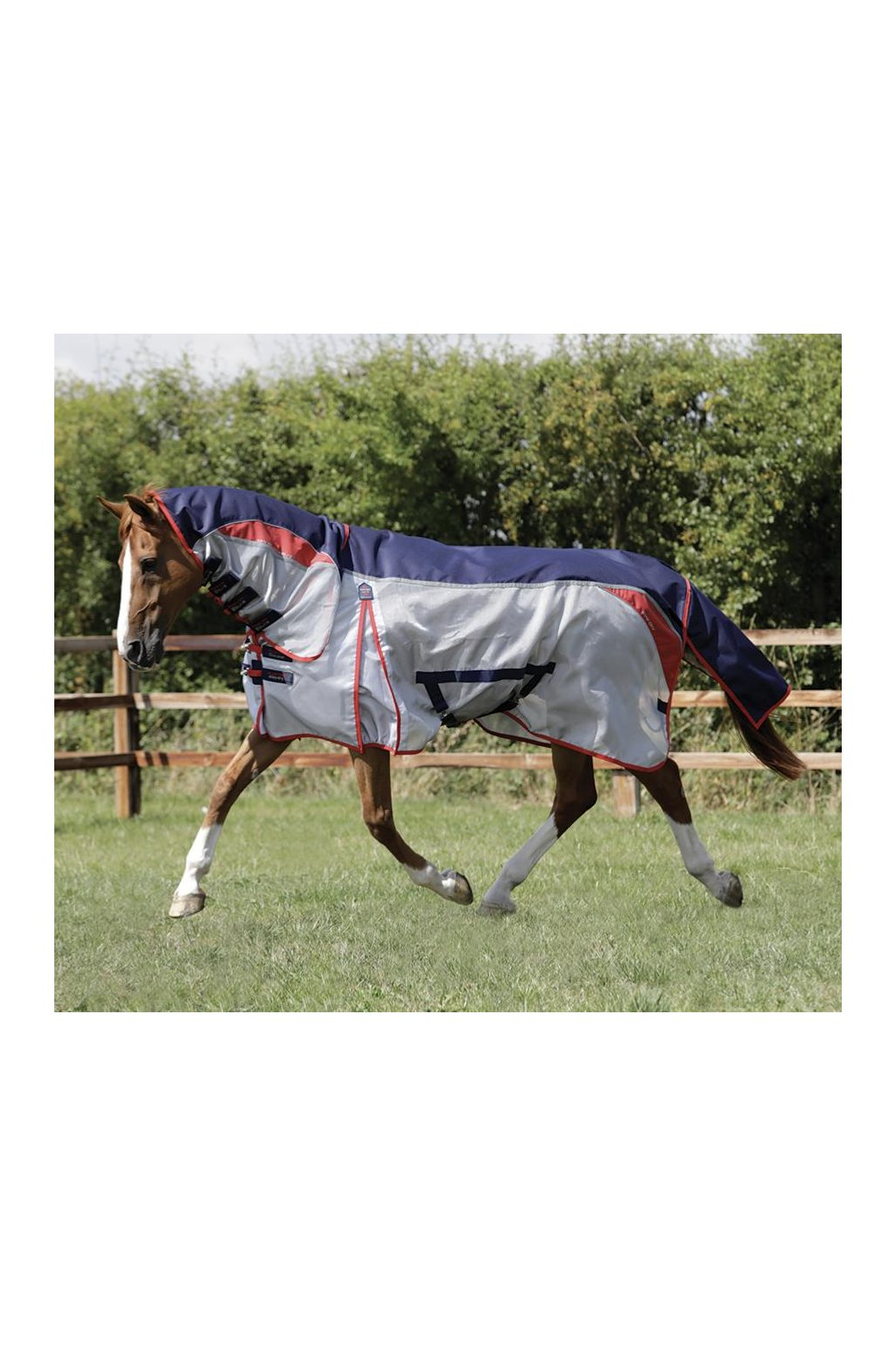 SS19 Buster Stay Dry Super Lite Fly Rug Navy Main Shot RGB 72 zoom