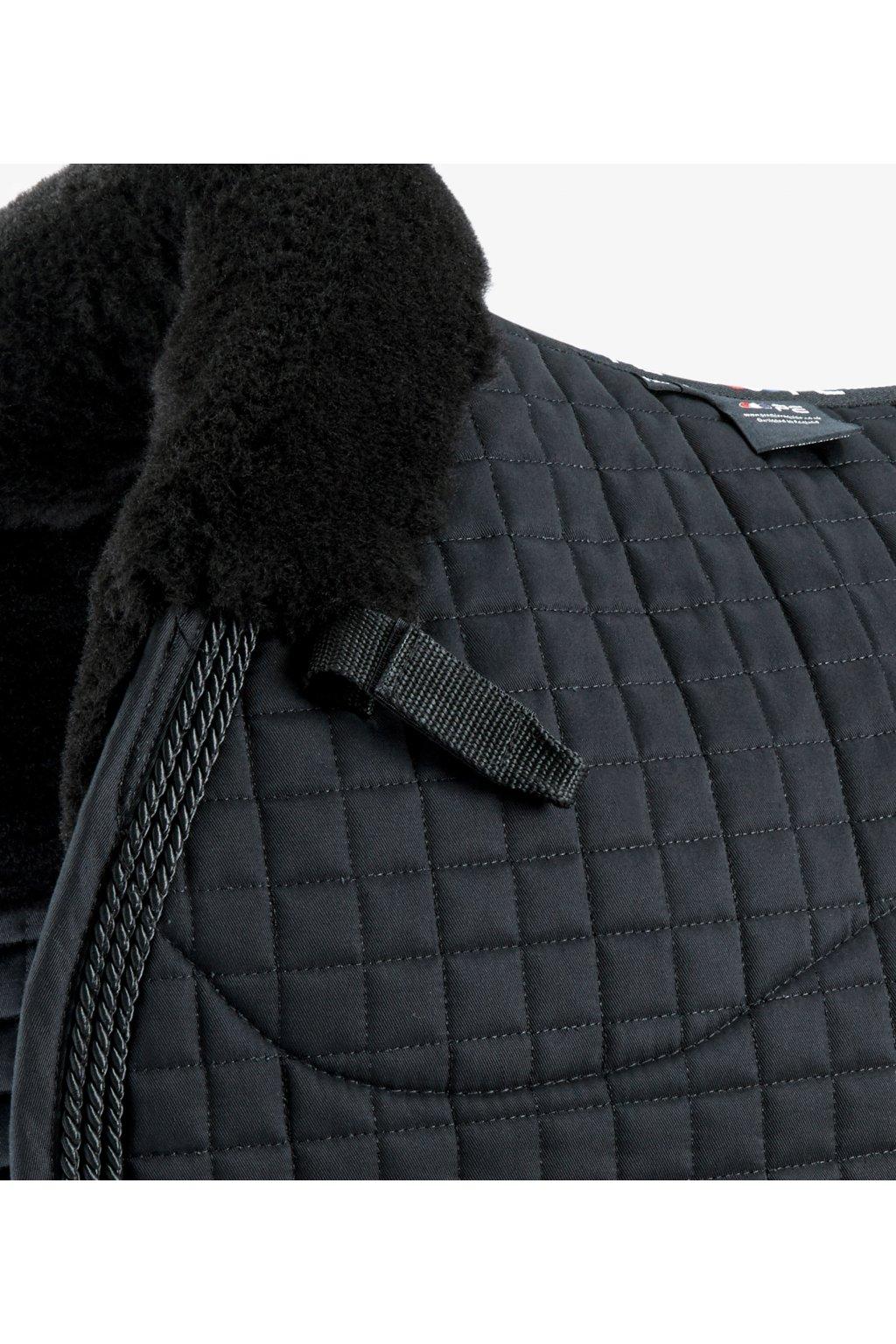 Podsedlovka Merino Wool European Square Pad VS/DR