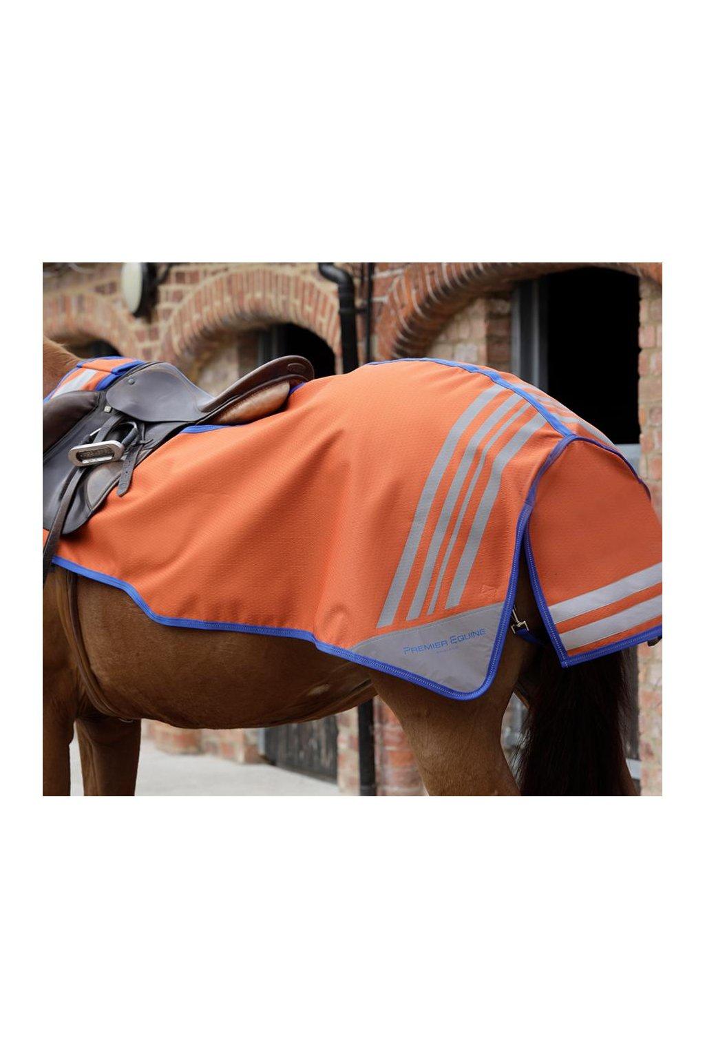 AW18 Stratus Exercise Sheet Fabric Close Up Main Image RGB 72 zoom