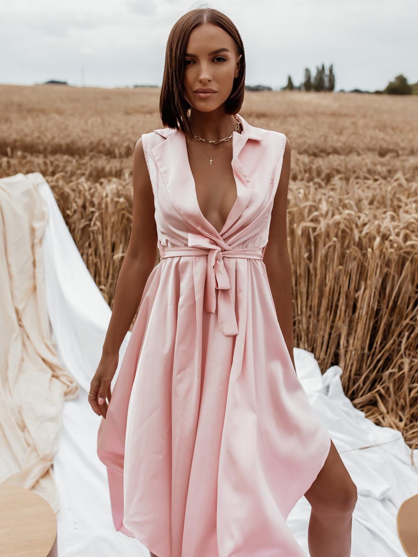 Světle růžové lesklé šaty BLAINE s vázáním