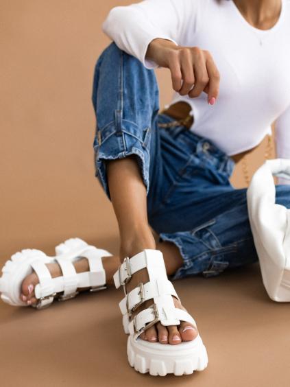 Bílé sandálky na platformě AMALIA