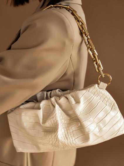 Bílá vzorovaná kabelka GERALD s řasením