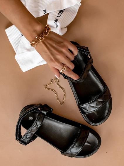 Černé prošívané sandálky HOYT