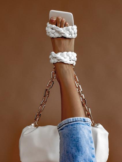 Bílé zapletené boty na podpatku CASSIE