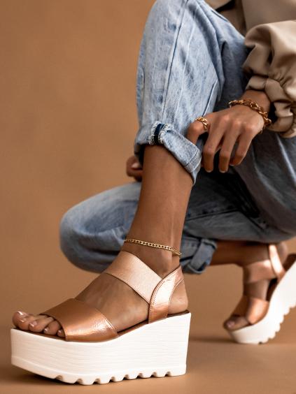 Růžové sandálky na platformě MANDY