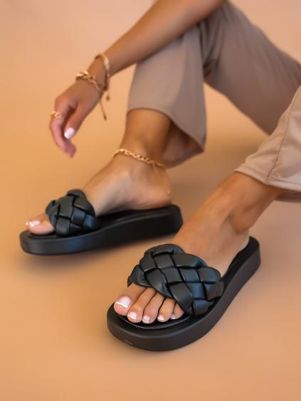 Černé zapletené pantofle BOUND