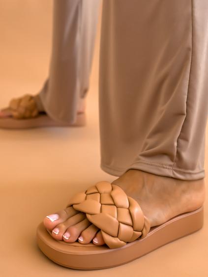 Hnědé zapletené pantofle BOUND