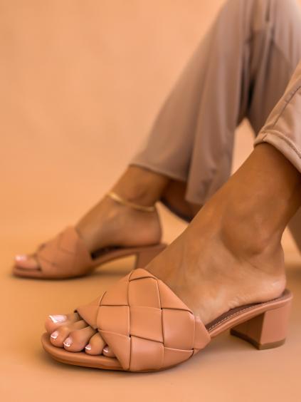 Béžové boty na silném podpatku RENNE