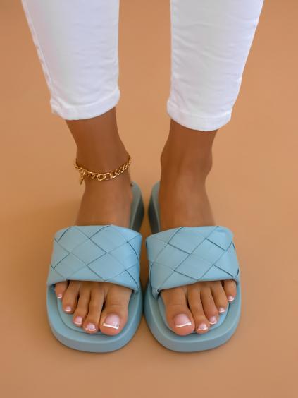 Modré proplétané pantofle SPECIES