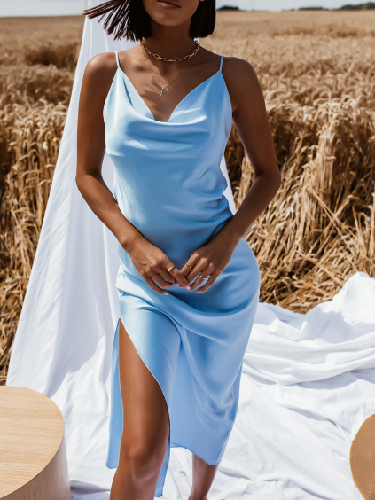 Světle modré dlouhé lesklé šaty CLARENCE