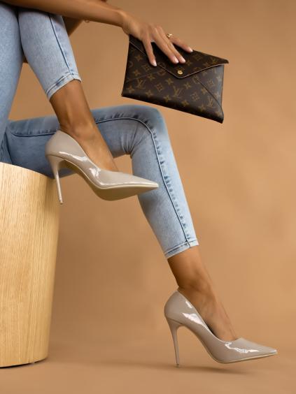 Šedé lesklé boty na podpatku BRIGHT