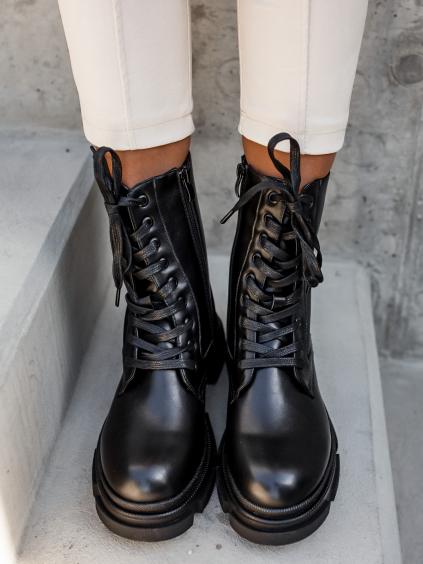 Černé kotníkové boty WELL