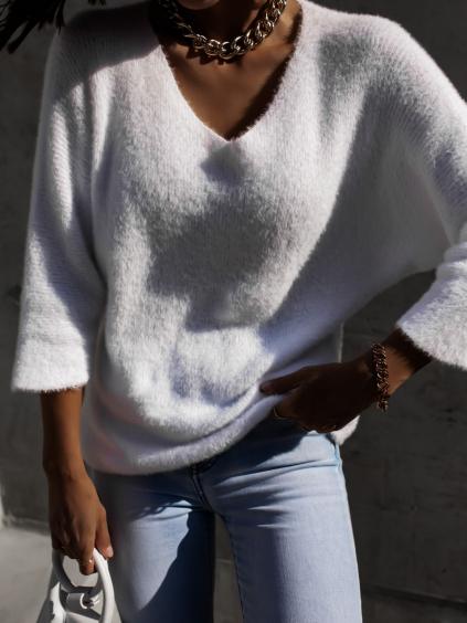 Bílý volnější svetřík PINEE