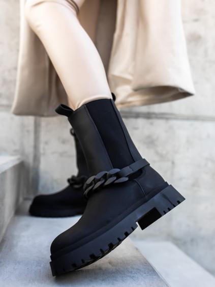 Černé kotníkové boty YANG se zdobením