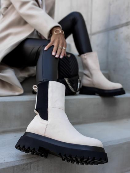 Béžové semišové kotníkové boty CORN