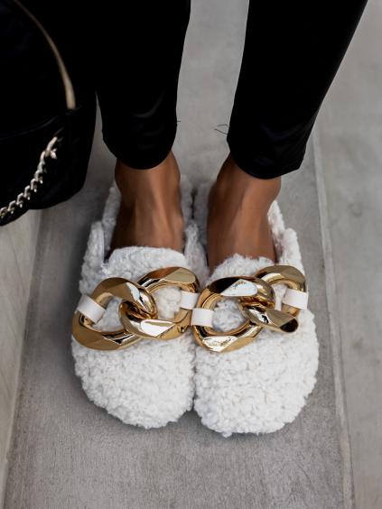 Bílé chlupaté pantofle HUGGIE se zlatým zdobením
