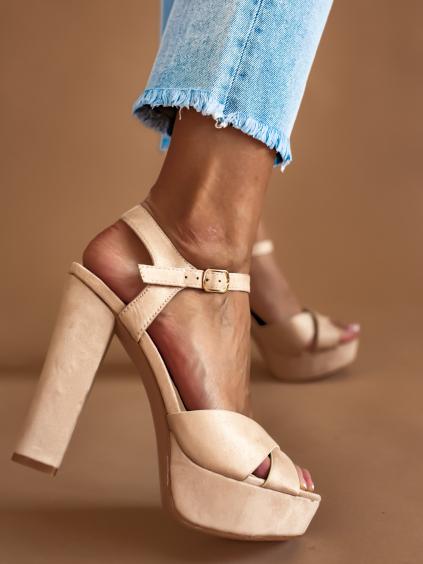 Béžové páskové topánky na podpätku NATALIA (Velikost 41)
